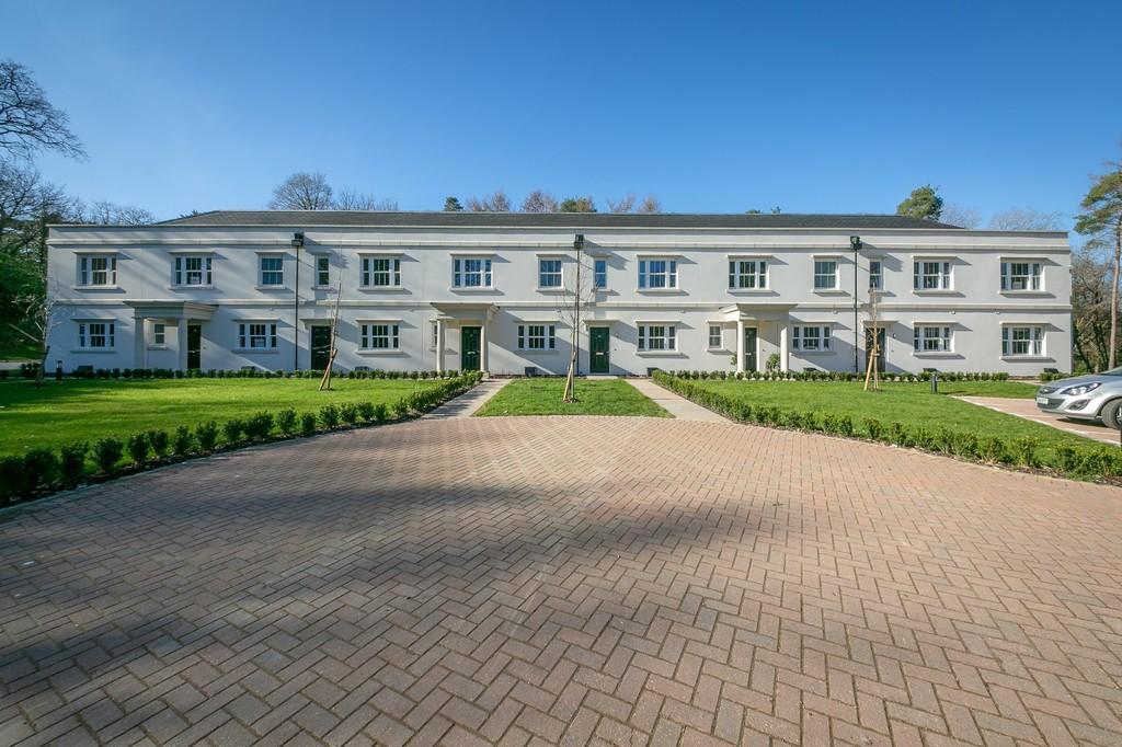 Park Drive, Bramley, Guildford GU5 0JY